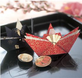 折り紙 お雛様 折り紙 作り方 : 千代紙で折り雛 : 【彩りレシピ ...